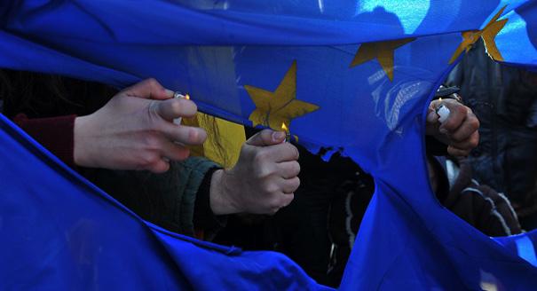 2016-02-01_EU-flag_605